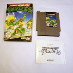 Teenage mutant Hereo TURTLES NES OVP